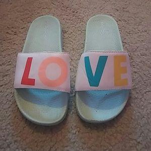 Girls Old Navy Love Slides